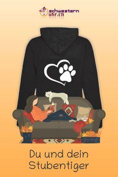 Du und dein Stubentiger 🐱 Zeige deine Liebe zu deiner Katze mit diesem kuscheligen Hoodie. Diese flauschig warme Jacke ist gut für die kühlere Jahreszeit. Mit 2 Taschen und doppellagiger Kapuze. Diese Sweatjacke ist ideal als Übergangsjacke geeignet. Jetzt bei schwesternuhr.ch bestellen. Ohne Versandkosten. #schwesternuhrch #hoodie #pausenjacke #sweatjacke #katzenliebe #katzen Sweatshirts, Sweaters, Fashion, Comfortable Work Shoes, Funny Hoodies, Jacket With Hoodie, Rain Jacket, Hang In There, Products