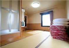 Visiting Japan with kids? Find the best budget, affordable and luxury Tokyo family hotels and inns! Japan With Kids, Visit Japan, Best Budget, Family Travel, Tokyo, Hotels, Country, Family Trips, Rural Area