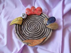 coiley plates sound epic and cooly textured! Clay Art Projects, Ceramics Projects, Clay Crafts, Pottery Workshop, Pottery Studio, Ceramic Birds, Ceramic Clay, Pottery Plates, Ceramic Pottery