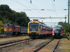 MÁV-Start M62 116 to #Pécs; BDVmot 004 + 6342 012 waiting to depart in the afternoon at #Fonyód, #Hungary Photo by David Sardi