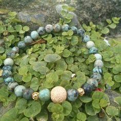 Turquesa africana para el o ella Beaded Necklace, Beaded Bracelets, Stone, Jewelry, Turquoise, African, Beaded Collar, Rock, Jewlery