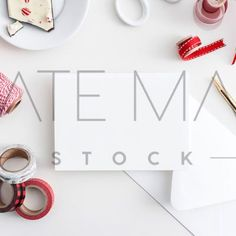 Card designers and stationery lovers, this card mock up is for you! Cute Christmas images ready for you to use on your Blog, Insta or online Shop!  Prettify your Instagram feed with professional, on-brand Styled Stock images! KateMaxStock.com  KateMaxStock Members get INSTANT ACCESS to over 3000 Styled Stock images!