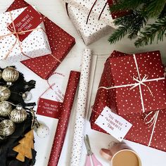 Christmas Crafts For Gifts, Xmas Gifts, White Christmas, Christmas Time, Christmas Decorations, Elegant Christmas, Thoughtful Christmas Gifts, Christmas Feeling, Christmas Ideas