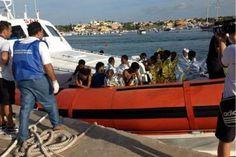 Dal medico eroe di Lampedusa al paladino dei vaccini, le 'star in camice' del 2016