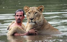 Kevin Richardson with one of his friends :) I think everyone should watch his Youtube mini series.