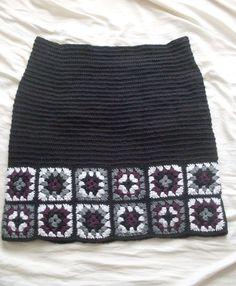 granny-square-skirt.jpg 2,448×2,970 píxeles