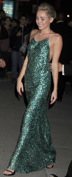 Miley Cyrus in a fantastic Marc Jacobs sequins green dress.