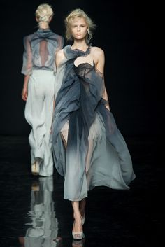 Yiqing Yin; Spring of Nüwa, Autumn-Winter 2012-13