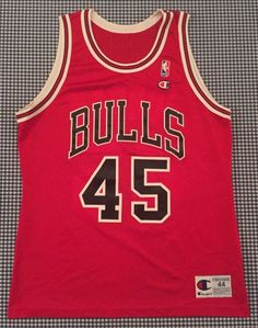 041a6381780 Vintage Michael Jordan Chicago Bulls Champion Replica  45 Jersey Red Size  44 NBA