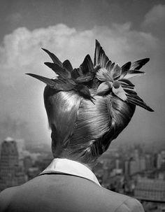 1943, New York, NY, US. Beauty Culture, Hairdos, Women, Hairdressing, 1940s