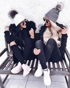 34 Cute Winter Outfits To Copy now for 2019 - Bff Pictures Bff Pics, Photos Bff, Cute Bestfriend Pictures, Cute Winter Outfits, Cute Outfits, Winter Clothes, Ski Outfits, Winter Outfits 2019, Matching Outfits