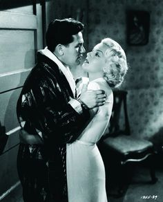 "Still of Lana Turner and John Garfield in The Postman Always Rings Twice (""O Destino Bate à Film-Noir. Hollywood Star, Golden Age Of Hollywood, Classic Hollywood, Hollywood Glamour, Vintage Hollywood, Hollywood Actresses, John Garfield, Bogart And Bacall, Lana Turner"