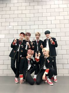 NCT Dream achieve ever win with 'My First and Last' on 'The Show' Bf Picture, Ntc Dream, Park Ji Sung, Fandom, Photo Grouping, Jung Woo, Winwin, Asian Boys, Dream Team