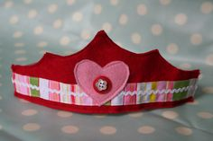 reversible felt crown tutorial