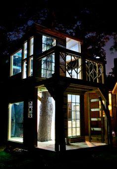Amazing treehouse by Bjon Pankratz
