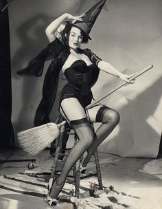 Modelling for a Gil Elvgren drawing  Possibly something cute to frame for the bathroom next Halloween...