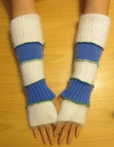 Arm warmer by Melinmade on Etsy, $20.00