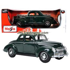 """Maisto Special Edition Series 1:18 Scale Die Cast Car - Dark Green Classic 1939 Ford Deluxe with Display Base (Car Dimension: 10"""" x 3-1/2"""" x 3-1/2"""")"""