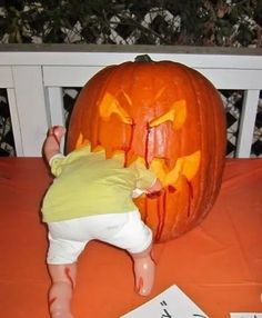 How Megan attempted to win a pumpkin carving contest with the pumpkin keg - Halloween Pumpkins Halloween Tags, Holidays Halloween, Halloween Snacks, Halloween Pumpkins, Halloween Crafts, Halloween Cookies, Happy Halloween, Halloween Drawings, Halloween Quotes
