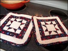 Independence Day Potholders | FaveQuilts.com