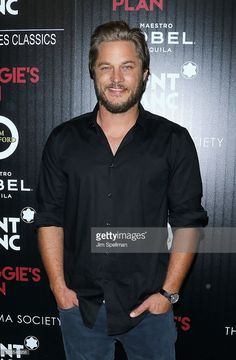 Actor Travis Fimmel attends the screening of Sony Pictures Classics' 'Maggie's Plan' hosted by Montblanc and The Cinema Society with Mastro Dobel & Kim Crawford Wines at Landmark Sunshine Cinema on May 5, 2016 in New York City.