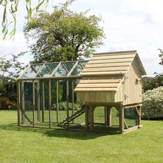 Long Legged Maggie's 6 Hen House with 6ft Run - view 4
