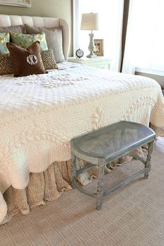 Savvy Southern Style: French Country Master Bedroom Refresh I am totally and fully in love with this quilt. Country Master Bedroom, Bedding Master Bedroom, French Country Bedrooms, French Country Style, French Country Decorating, Bedroom Decor, Southern Style, French Country Bedding, Country Fall