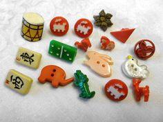 Vintage Antique Realistic Buttons Realistics by AnAntiqueAffair
