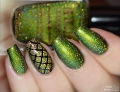 FUN Lacquer Christmas 2014 collection - C'est Noel (H) swatch