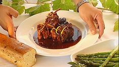 Rich flavours, melt-in-the-mouth meat, and a syrupy sauce - this recipe has it all! It's also incredibly easy, and like most slow-cooked dishes, it virtually cooks itself. Serve the oxtail with crusty bread to mop up the juices. Meat Sauce Recipes, Easy Bread Recipes, Fish Recipes, Braised Oxtail, Oxtail Stew, Oxtail Recipes, Beef Recipes, Cooking Recipes, Sbs Food