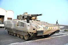 Schützenpanzer Puma in Abu Dhabi, October 2013 Military Post, Military Armor, Army Vehicles, Armored Vehicles, Puma Ifv, World Tanks, Battle Tank, Military Equipment, German Army