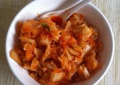 Koreai kimchi káposzta Hungarian Recipes, Hungarian Food, Kimchi, Food Inspiration, Thai Red Curry, Cabbage, Recipies, Food And Drink, Vegetables