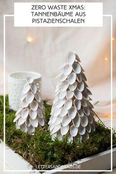 #Tannenbaum #Weihnachtsbaum #Weihnachten #dekoration  #interior #design #home #wohnen #selbermachen #selbstgemacht #zerowaste #nowaste #papier #pappe #diy #doityourself #basteln #xmas #christmas #tischdeko #diyblogger #upcycling #recycling #pistazien #pistachio No Waste, Merry Little Christmas, Create Yourself, Candle Holders, Candles, Diy, German, Home Decor, Design