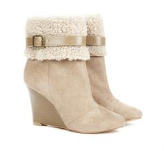 Shearling wedge bootie in beige/ taupe