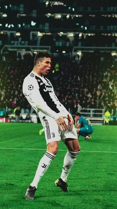 Trending Photo de Cristiano Ronaldo : To atl madrid suck my matias Cristiano Ronaldo Cr7, Cristiano Ronaldo Celebration, Cr7 Messi, Cristino Ronaldo, Cristiano Ronaldo Wallpapers, Ronaldo Football, Ronaldo Memes, Soccer Guys, Soccer Players