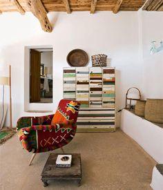 Inside Nani Marquina's house in Ibiza. Arquitects: Martin Lapeña and Elias Torres