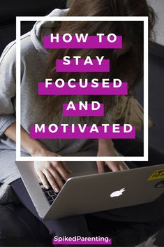 Struggle to stay focused? Need some motivation? Then check out these incredibly easy tips to get focused and motivated and start getting more done today! Time Management Techniques, Time Management Tips, Starting Your Own Business, Business Help, Intrinsic Motivation, Routine, How To Stop Procrastinating, Personal Development, Professional Development