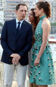 Gad Elmaleh et sa compagne Charlotte Casiraghi lors de l'inauguration du Yacht-Club de Monaco, le 20 juin 2014 au port Hercule de Monaco