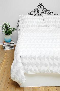 Graues Bettbezugset für Doppelbett mit Pfeilspitzendesign
