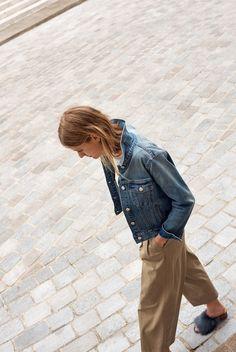 e1a122cebe madewell khaki wide-leg pants worn with the jean jacket + shearling heidi  mule.