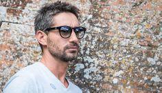 Occhiale da sole personalizzabile ogni giorno con una semplice Klip. Abbina l'occhiale al tuo look e crea il tuo stile #occhialipersonalizzabili
