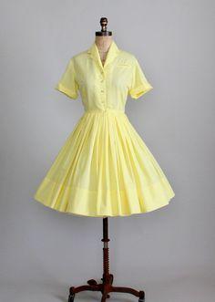 Vintage 1960s shirtwaist dress
