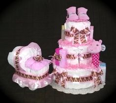 Mossy Oak diaper cake set will give to the military family the perfect theme for their baby girl