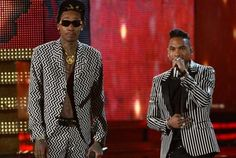 Miguel and Wiz Khalifa Perform Adorn at Grammy Awards- http://getmybuzzup.com/wp-content/uploads/2013/02/wiz-miguel-perform-adorn-at-grammy-awards-2013-get-my-buzz-up-522x350.jpg- http://gd.is/7vBYTJ