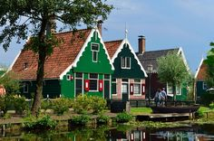 Dutch Countryside and Culture Tour from Amsterdam Including Zaanse Schans, Edam and Volendam, Amsterdam
