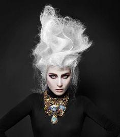 Gahh!! Goth-inspo hair. So killer #hair #haute #trad