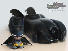 Awesome custom Batman vinyl toy.