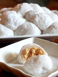 Chi fa buns Once in a while, you come upon a perfect recipe, so good that nothing out there can compare. This is one of those rare recipe. Asian Snacks, Asian Desserts, Just Desserts, Chinese Desserts, Japanese Desserts, Gourmet Desserts, Plated Desserts, Malaysian Dessert, Malaysian Food