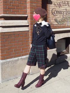 ブラウス、ネックレスAngelic Prettyカーディガン、リボンタイ、鞄Jane MarpleパンツMetamorphose靴Fintベレ…