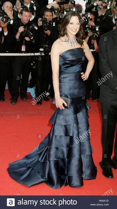 Download this stock image: Asia Argento arrives at the premiere for the film, Vengence at the 62nd Cannes Film Festival on May 17, 2009 in Cannes, France. Photo by Francis Specker - HN4A1D from Alamy's library of millions of high resolution stock photos, illustrations and vectors.